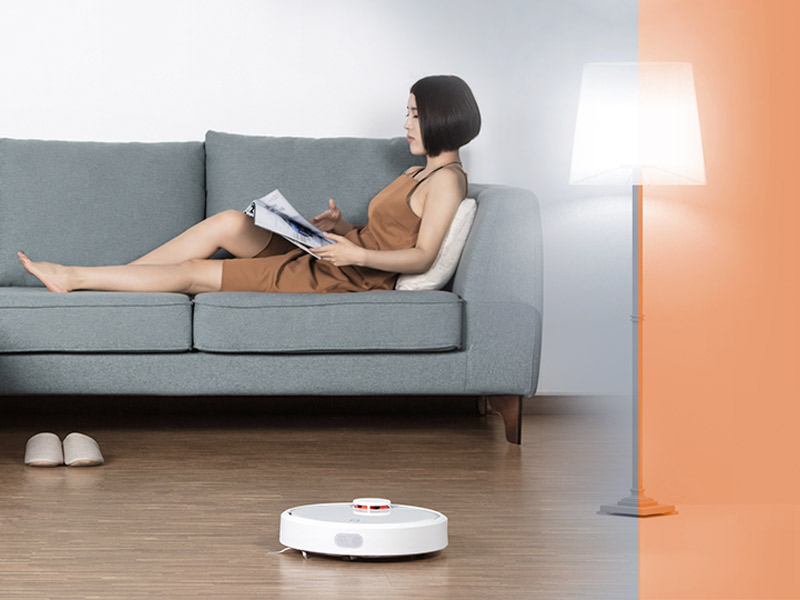 Xiaomi-Smart-Home-Mi-LED-Smart-Bulb-Mi-Robot-Vacuum